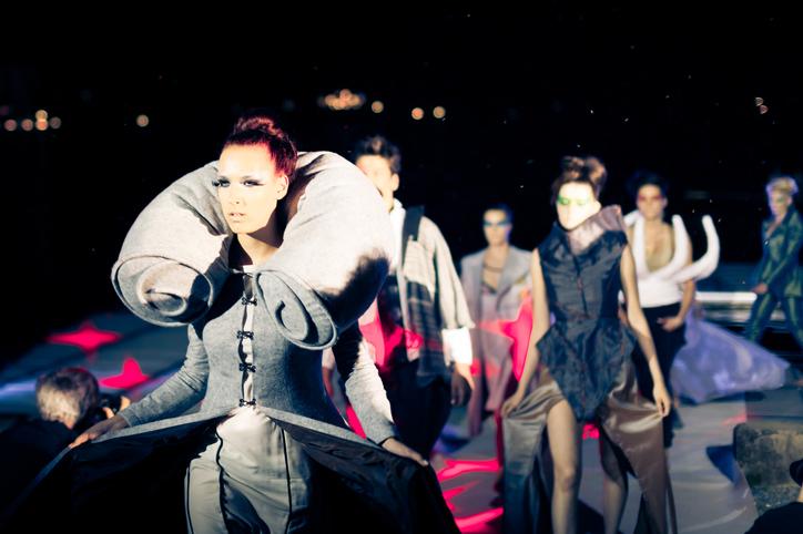 Digital x Presencial - Os novos rumos dos eventos de moda
