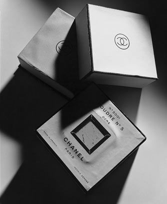 Cipria-Chanel--First-Line-CHANEL-Cosmetic-Products--1924_